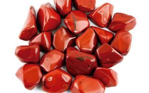 la piedra llamada jaspe da nombre a esta variedad de color