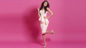 el look nude con rosa palo es de los más románticos que hay