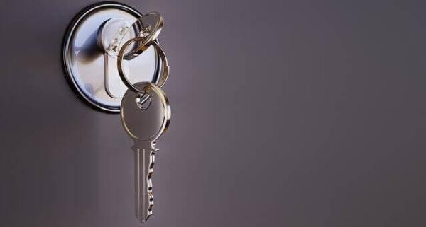 chave na porta