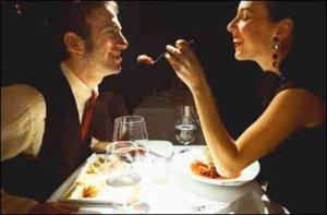 Como fazer um jantar romântico a dois