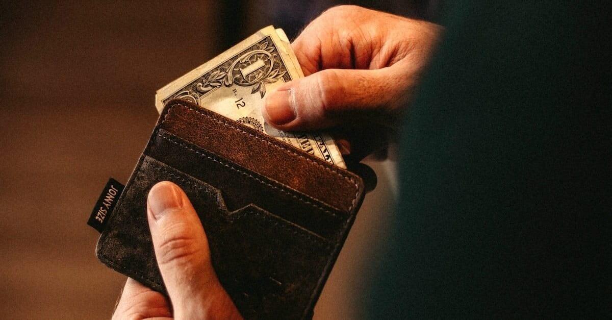 6 Hábitos Financeiros Ensinados Na Bíblia (Isso vai mudar sua vida)