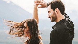 8 Comportamentos Comuns Dos Homens Quando Estão Com Seu Amor Verdadeiro