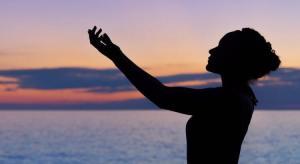 """O Poder Da Benção: Abençoe Os Outros e Sua Vida Será """"Abençoada"""""""