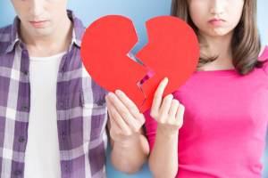É Amor ou Comodismo? 7 Sinais Que o Relacionamento Acabou e Você Não Percebeu