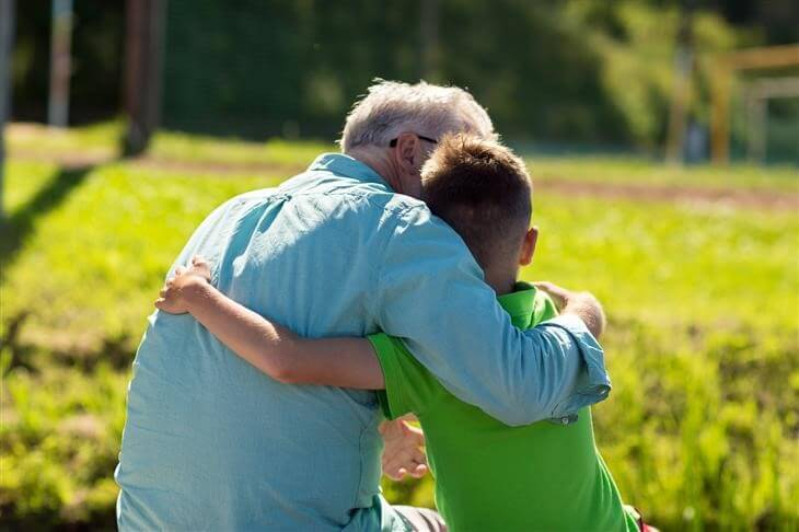Esta Parábola do Avô, o Neto e o Burro Irá Mudar Sua Maneira De Ver a Vida