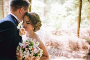 Casar jovem é um erro? Eis o motivo para deixar de acreditar que casamento muda casal