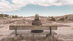▷ Sonhar Com Avó Falecida 【É Mau Presságio?】