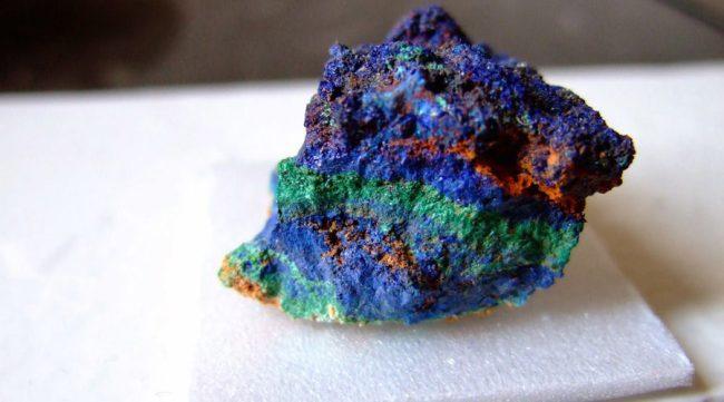 foto da pedra preciosa azurita