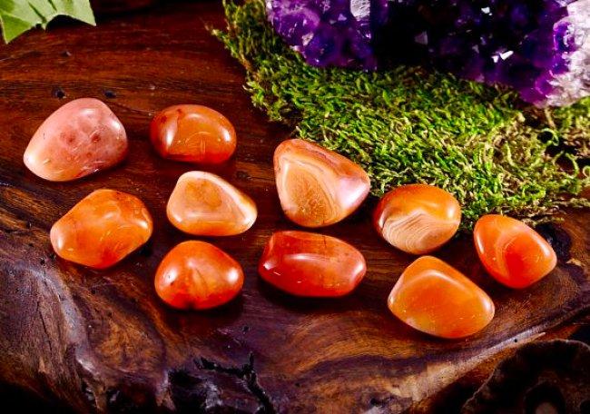 foto da pedra preciosa cornalina
