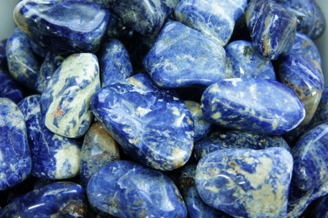 foto da pedra preciosa sodalita