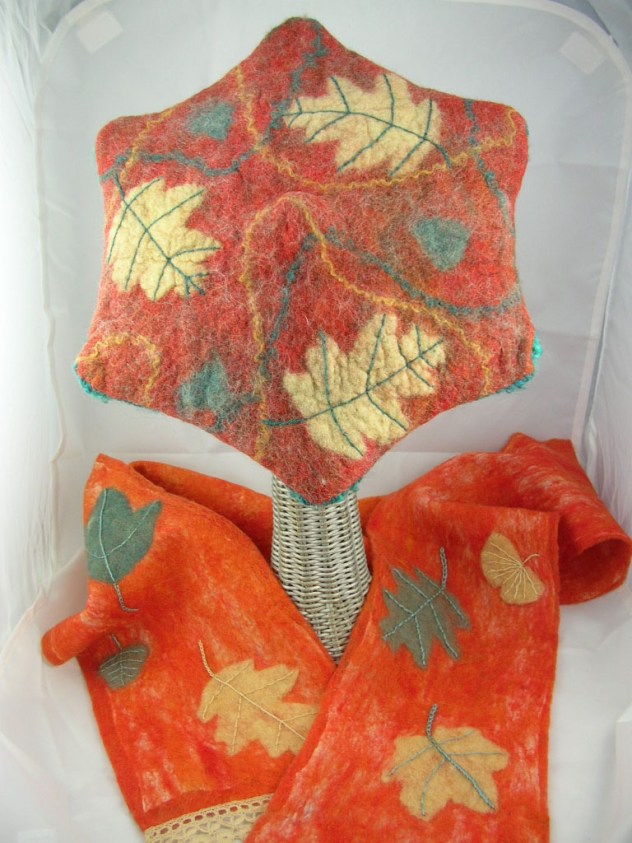 Tornheim Susan Leaf Star Hat and Scarf