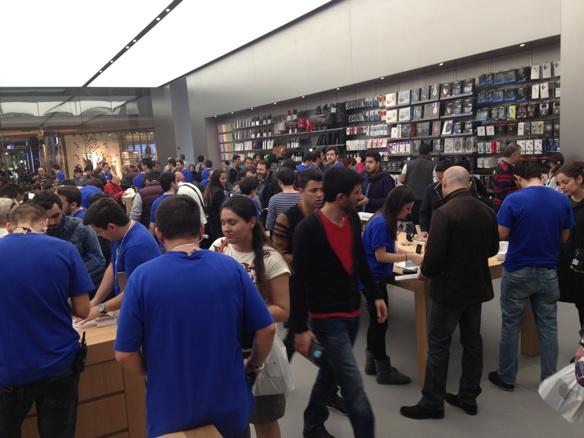 Sihirli elma apple store zorlu center aciliyor 5252