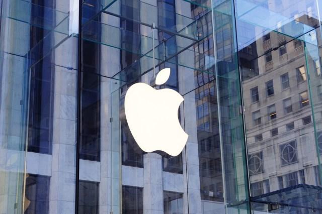 Apple'ın Yeni Aldığı Patent, Katlanabilir iPhone'u İşaret Ediyor!