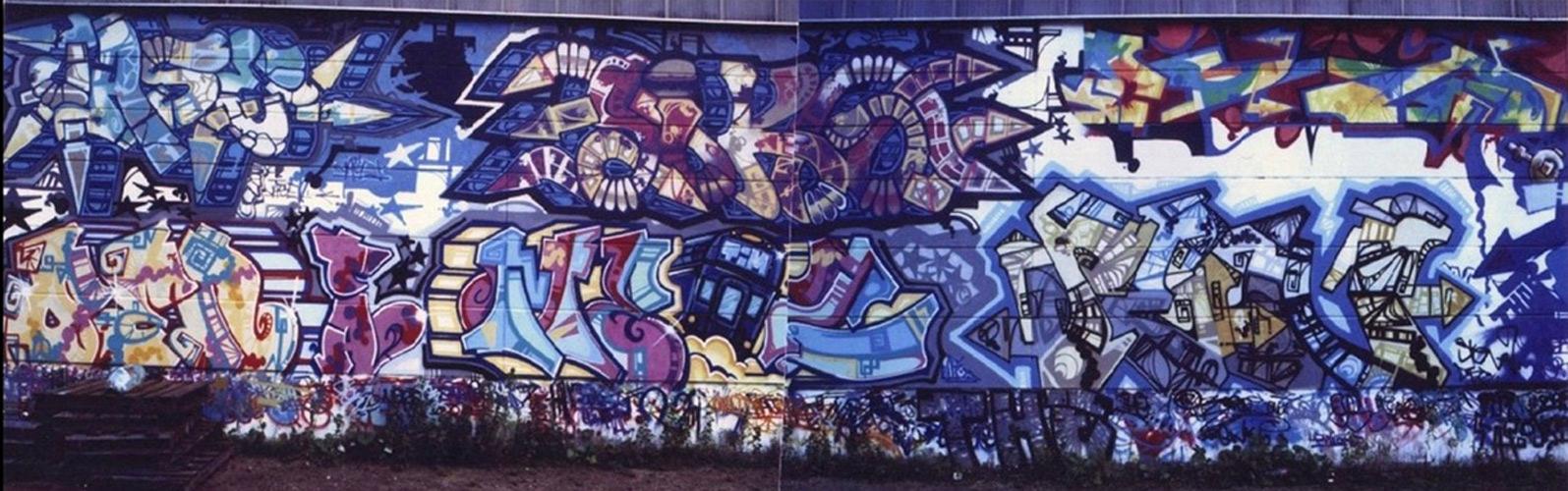 Siko Ortner  Graffitiknstler  Sprhlack auf Wand