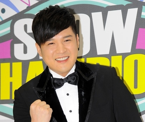 shindong-super-junior-rejoindra-larm-e-en-mars-la-sm-entertainment-demande-un-d-lais