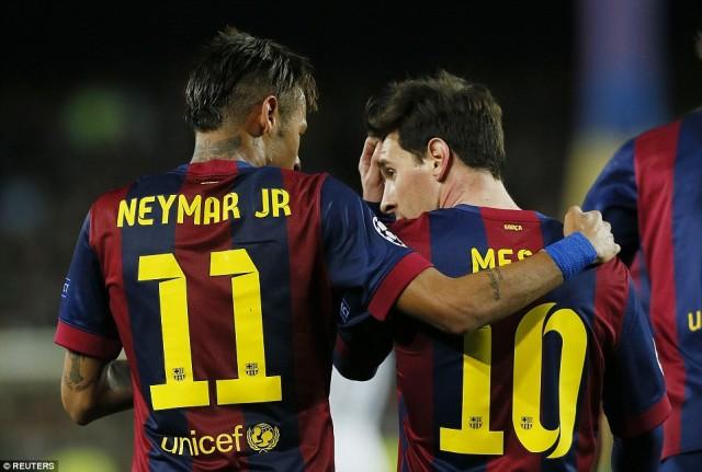 Video Barcelona vs PSG 2-0 Cuplikan Gol Ganda Neymar