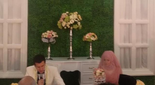 risty tagor menikah