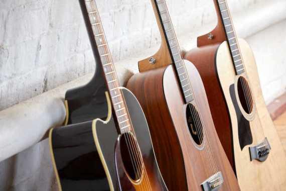 Tips Memilih Gitar Akustik