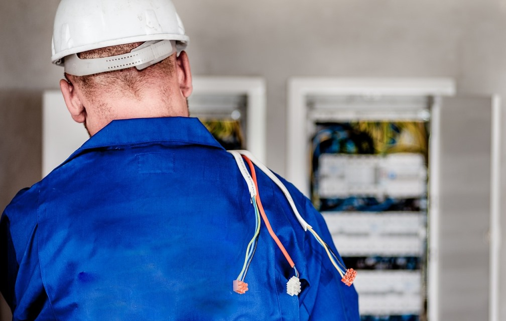 How To Find A Reputable Electrical Contractor