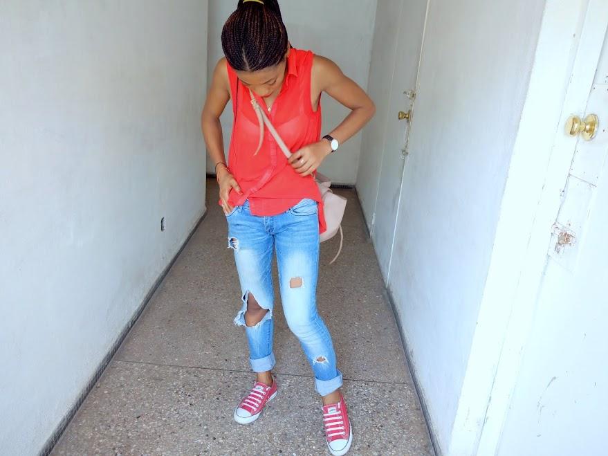 Ripped Jeans et Chemisier h&m