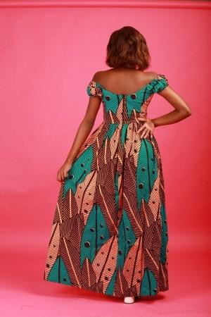 10 jolies robes en pagne parfaites pour les fêtes Blog Mode Togo #Fashion #ootd #Ankarastyle #Robeenpagne