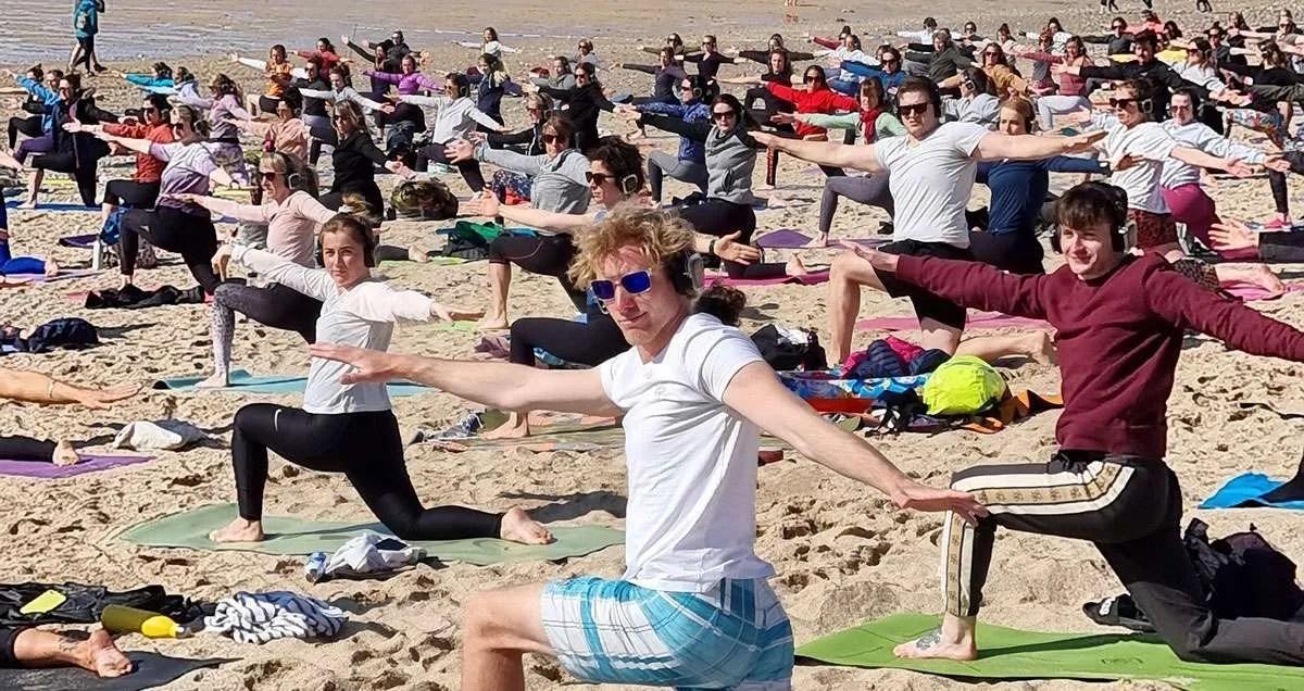 silent disco chillout gentle beach yoga