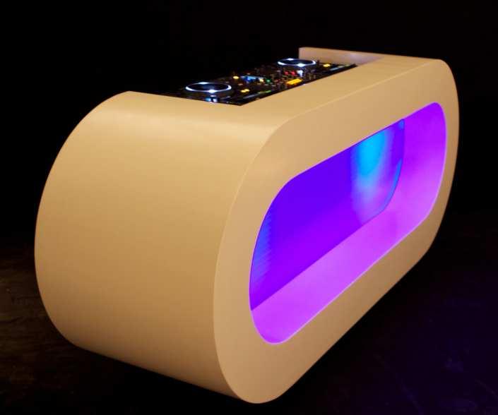 DJ booth ovalen meubel