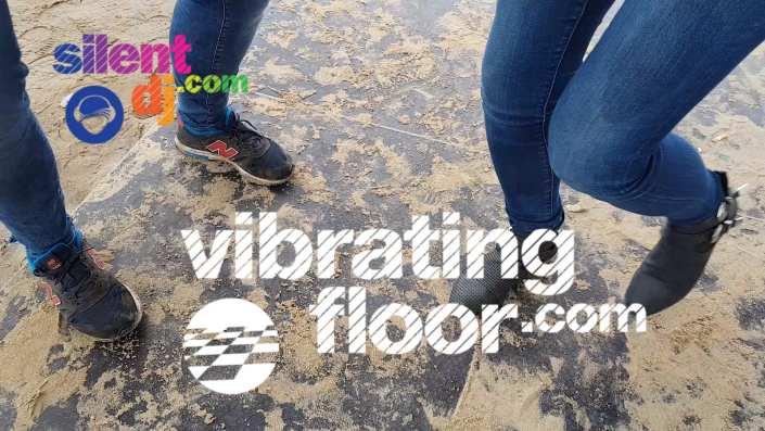 trilvloer dancing feet