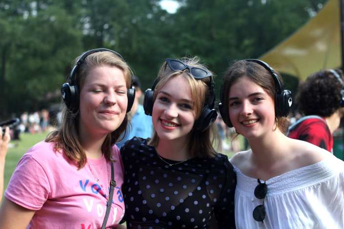 music meeting silent disco