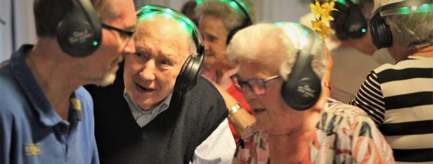senioren silent disco plezier