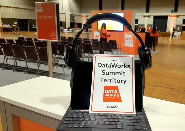 data works summit headphone