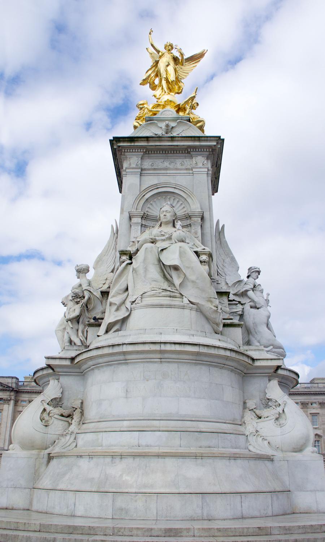 2014_europe-buckingham-palace3