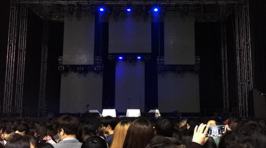 2015-03-08-ed-sheeran-concert-sk-handball-stadium-seoul-korea-8