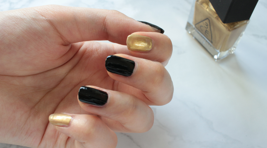 silentlyfree-beauty-nails-holiday-new-years-fireworks-black-gold-glitter-shimmer-11