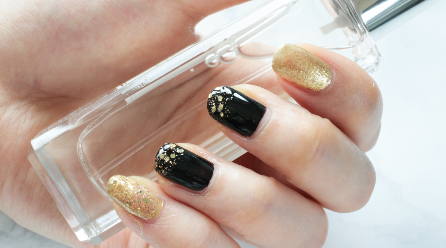 silentlyfree-beauty-nails-holiday-new-years-fireworks-black-gold-glitter-shimmer-20