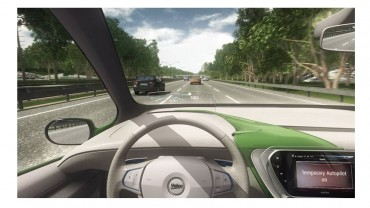 Constructeurs et équipementiers automobiles tels que Valeo et sa fonction Cruise4U, travaillent sur des systèmes d'assistance à la conduite de plus en plus évolués, en attendant l'autonomie totale pour 2025.