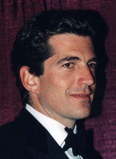 John Kennedy Jr. at the White house correspondents dinner 1999