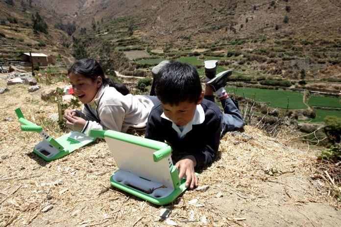 Resultado de imagen de internet satelital para pobres en mexico