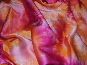 Satin silk fabric 1 lores