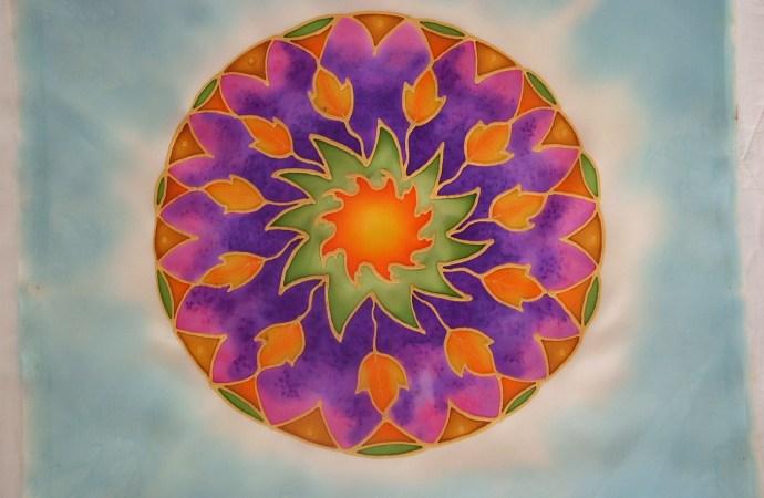 silk mandala painting fionastolze silkandart