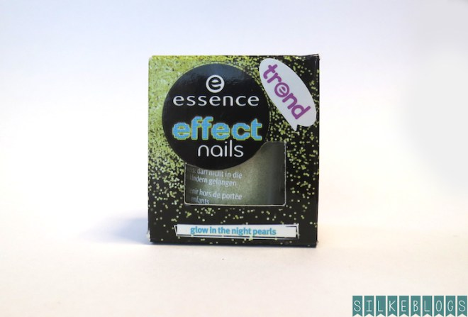 Essence Nail Effects Glow in the Night Pearls Het doosje