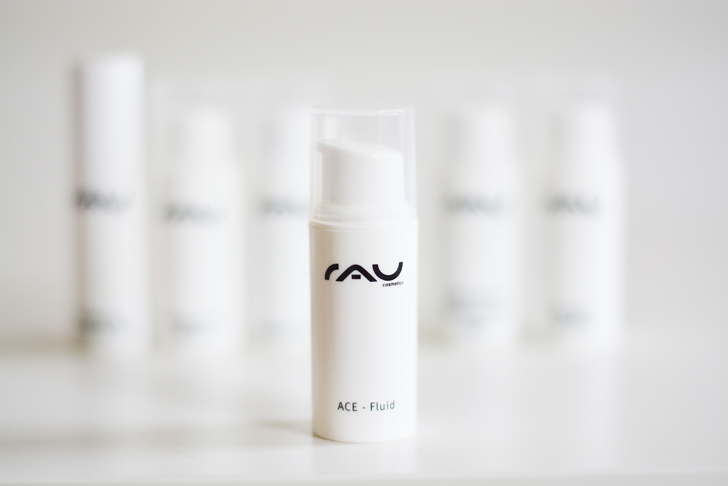 RAU Cosmetics ACE Fluid