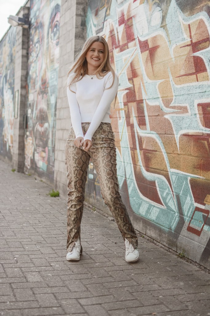 Outfit: Snake Pants