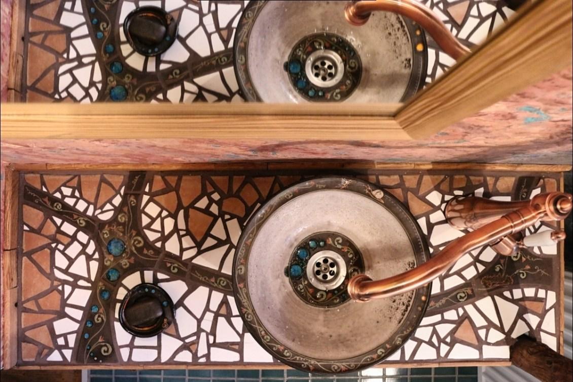 Mosaik-Waschtisch und Waschbecken selber machen – Silkeramik