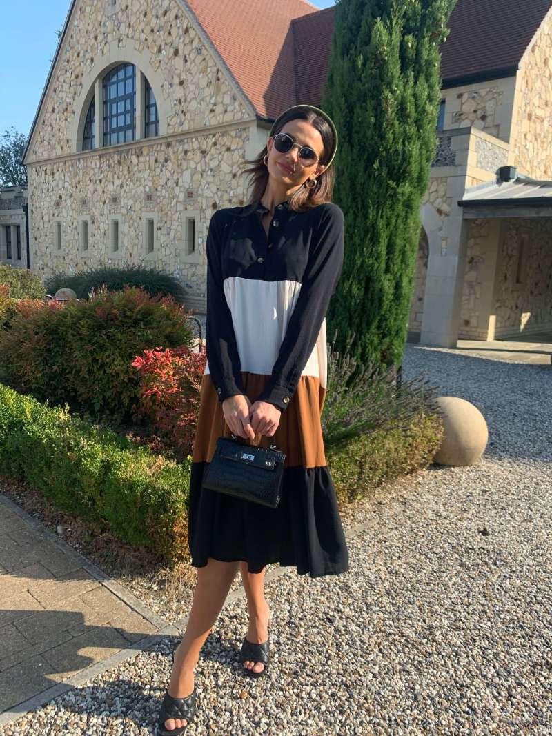 leather-mini-monaco-handbag-in-black-croc_azurina