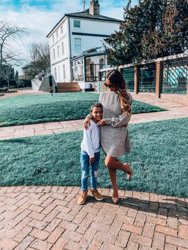 4 Mothers Day Outfits
