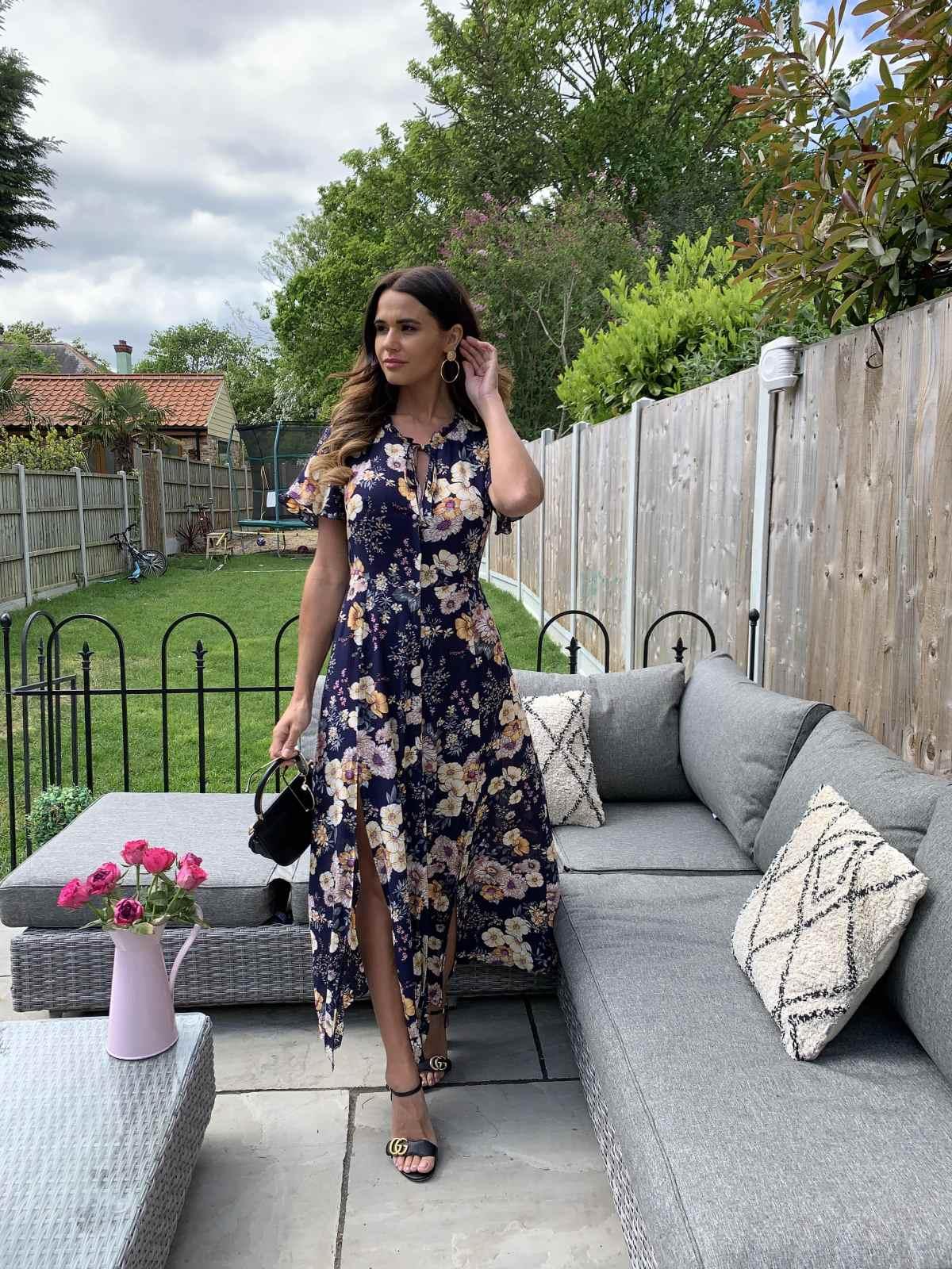 silkfred-discount-dark-navy-floral-maxi-dress