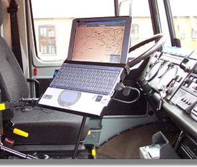 To Get Round This Problem Some People Including Me Used A Small Notebook Computer Connected By A Serial Link To A Real Gps
