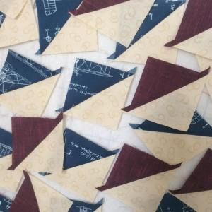 A sea of triangles8230sothankfulforsomesewingtime happy Thursday