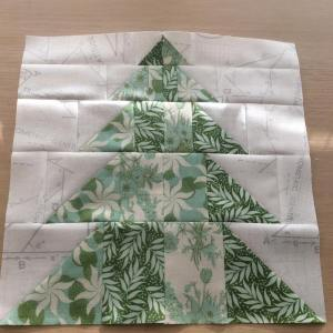 The cottagechristmassewalong featured the tree block x2744xfe0fhead over to myhellip